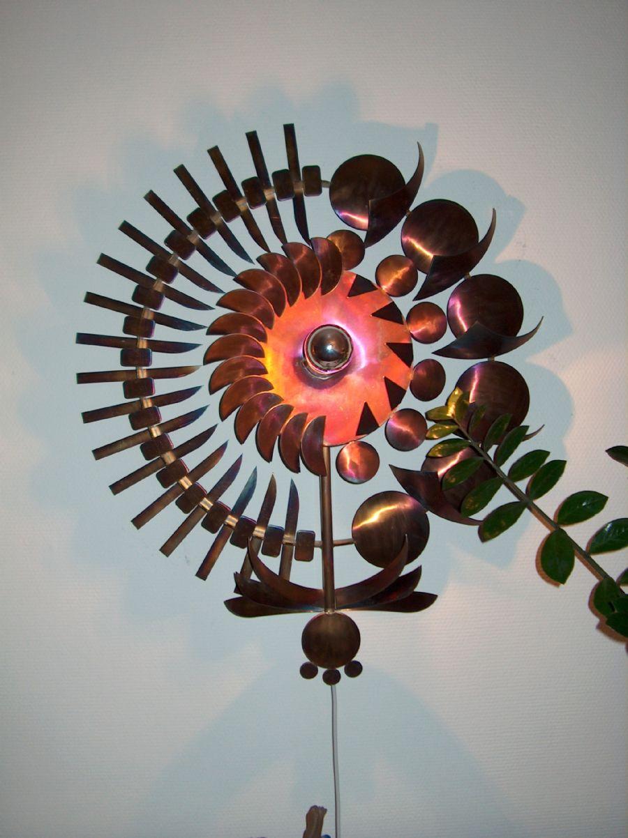 Billedet Blomst i rustfrit stål.