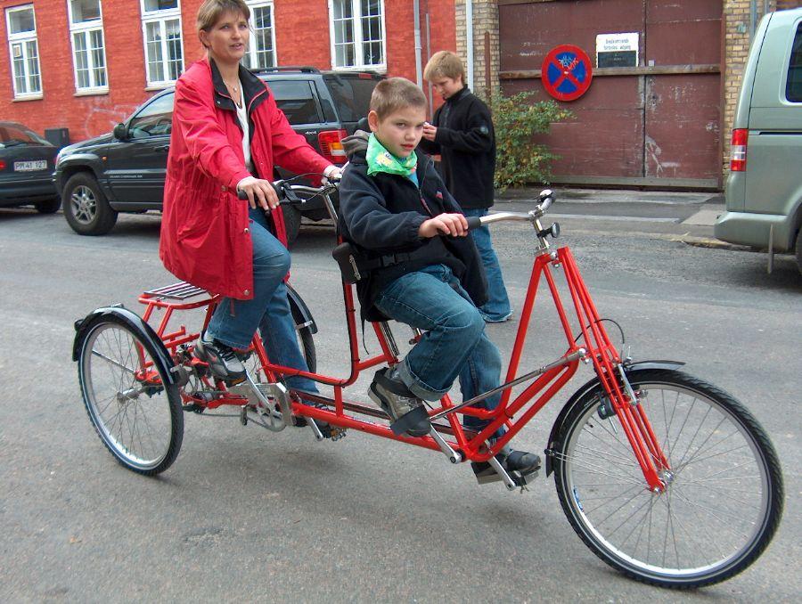 Billedet Tandemcykel 3-hjulet.