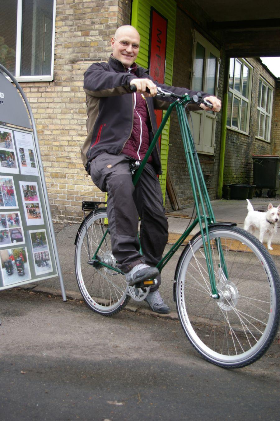 Billedet Mr.Pedersen cykel, www.dan-kunst.dk