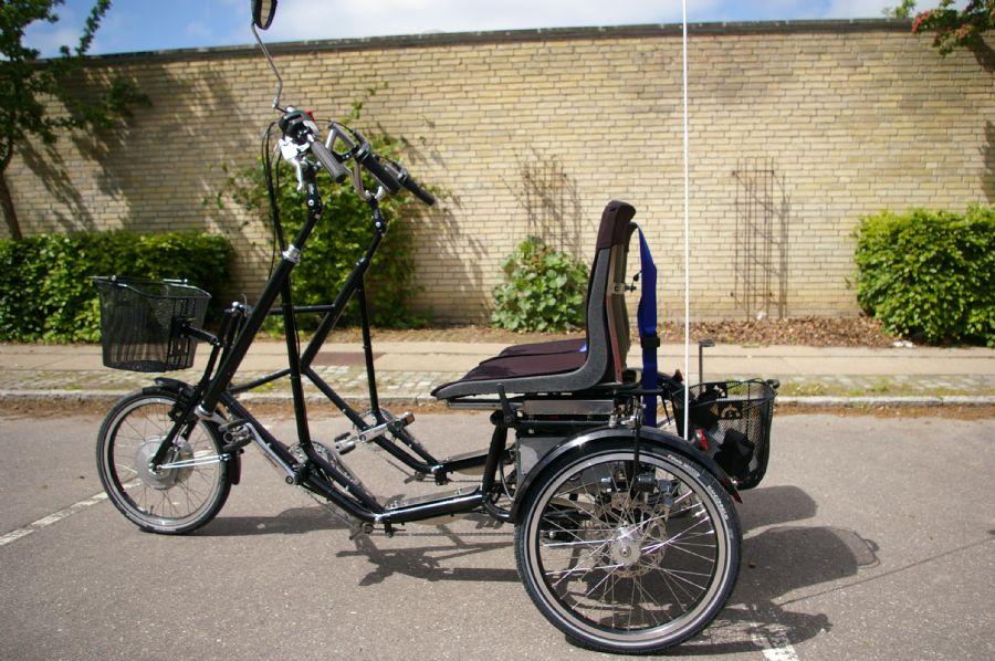 Billedet Parallelcykel til 2 personer med el.